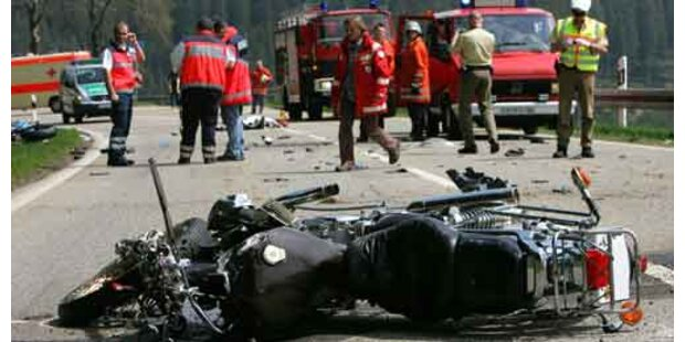 Deutscher Biker starb in Tirol