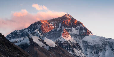 Der Mount Everest ist jetzt noch höher