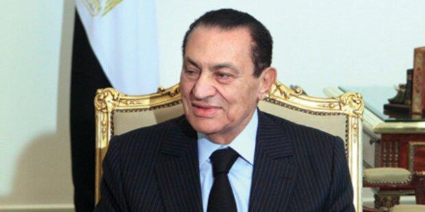 Mubarak flüchtet mit 70 Milliarden