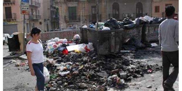 Palermo versinkt im Müllchaos