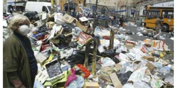Berlosconi: Dekret gegen die Müll-Katastrophe