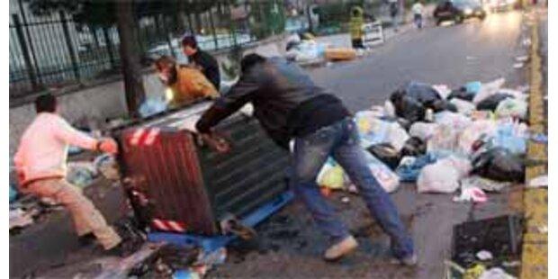 Erneut Proteste und Blockaden in Neapel