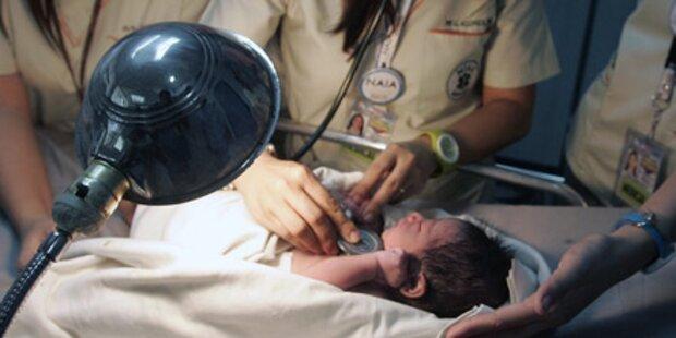 Baby lag im Müllsack: Mutter gesucht