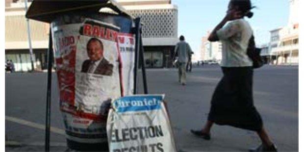 Opposition gewinnt Parlamentswahl in Simbabwe