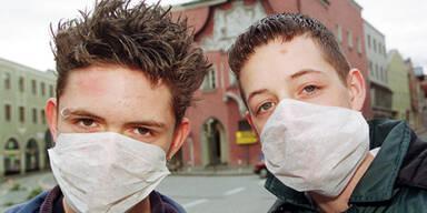 """Virologe: """"Nur Masken für Experten helfen wirklich!"""""""