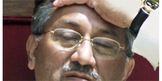 Provinzparlament setzt Musharraf unter Druck
