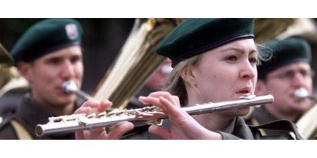 Heer musiziert in Moskau trotz Kaukasus-Krise