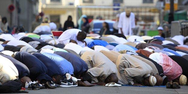 Wien: Mann gekündigt, weil er nicht am Freitagsgebet teilnahm