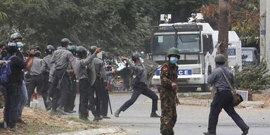 Zwei Tote und 30 Verletzte durch Polizeischüsse in Myanmar