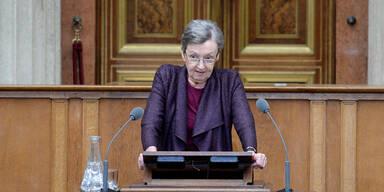 Parlament: Nöstlinger gedenkt NS-Opfern