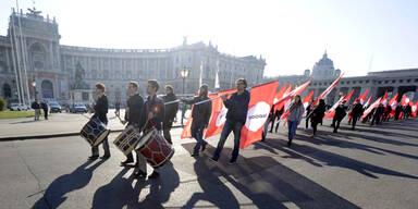 """Aufregung um """"Nazi""""-Marsch am Heldenplatz"""