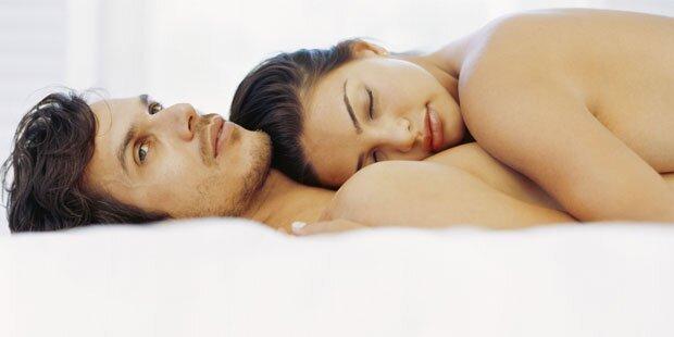 Macht Nackt Schlafen Glücklich