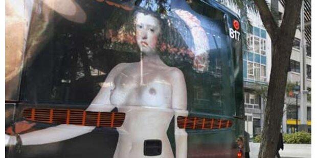 Königin Maria Anna nackt auf Bussen