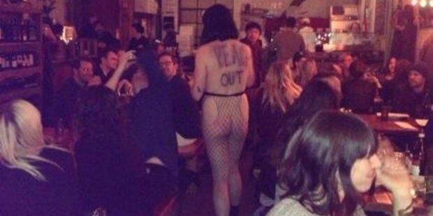Kellnerin kam nackt zum letzten Arbeitstag