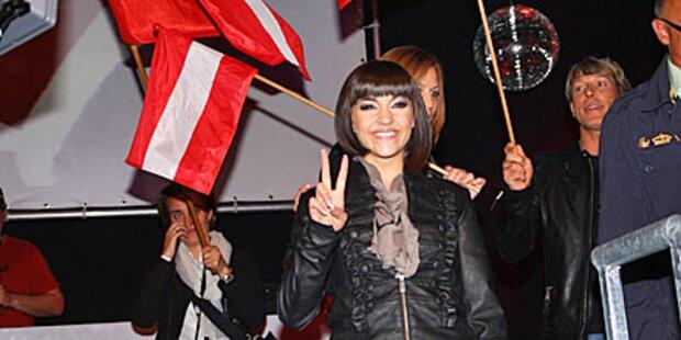 Nadine sang in Düsseldorfs Straßen