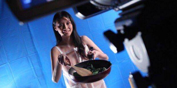 Nackt-Kochshow lockt Männer vors TV