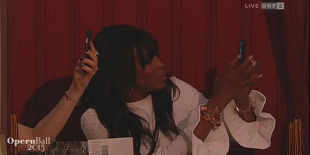 Naomi Campbell am Opernball