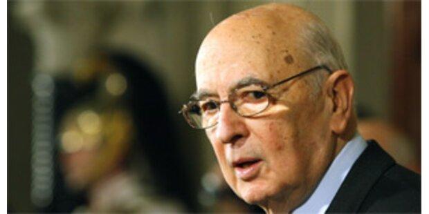 Napolitano löst Parlament auf