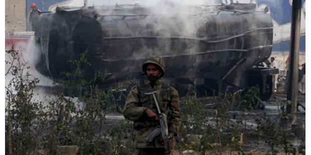 Bombe tötet vier NATO-Soldaten