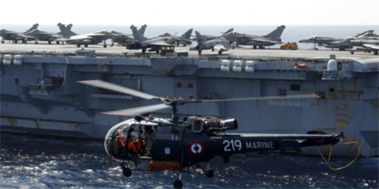 NATO führt Kommando gegen Gaddafi