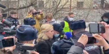 Nawalnys Ärztin von russischer Polizei verhaftet