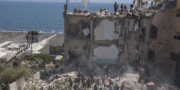 Gebäude bei Neapel eingestürzt: Acht Tote