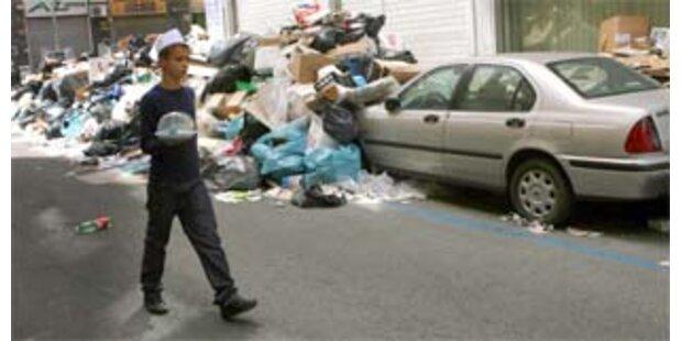 Müllkrise in Neapel: Behörden warnen vor der Hitze