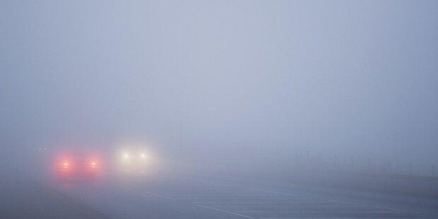 Tückisch: Autobeleuchtung bei Nebel