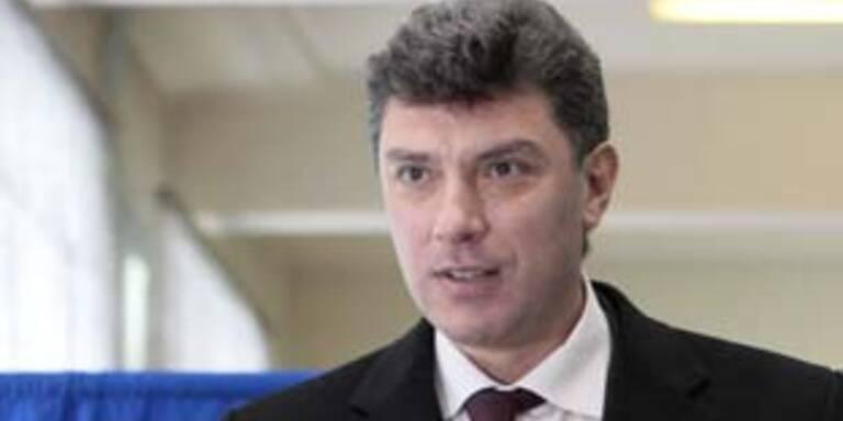 Oppositioneller Nemzow tritt bei Wahlen nicht an