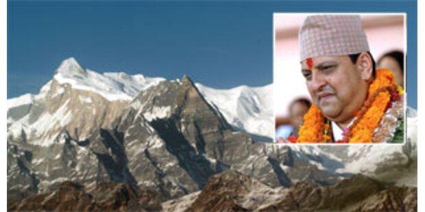 Nepal schafft die Monarchie ab
