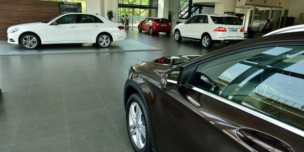 sterreicher kaufen neue autos wie verr ckt. Black Bedroom Furniture Sets. Home Design Ideas