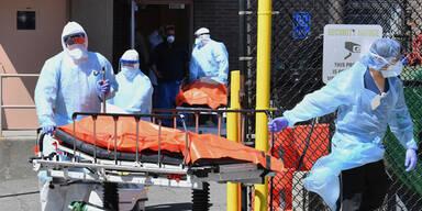 New York: Leichenhäuser erinnern an den 11. September