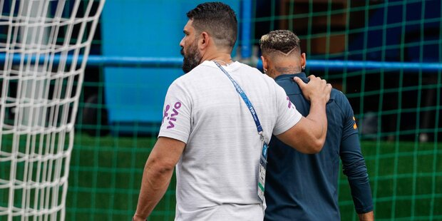 Überknöchelt? Neymar muss Training abbrechen
