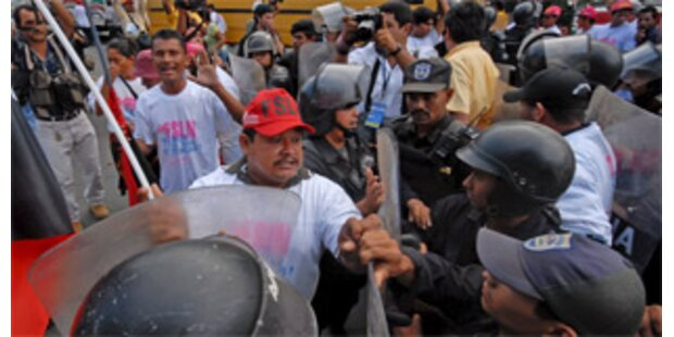 Sandinisten stürmen Managua