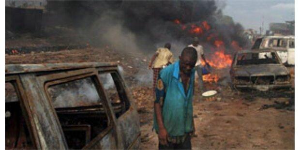Fast 500 Tote bei Unruhen in Nigeria