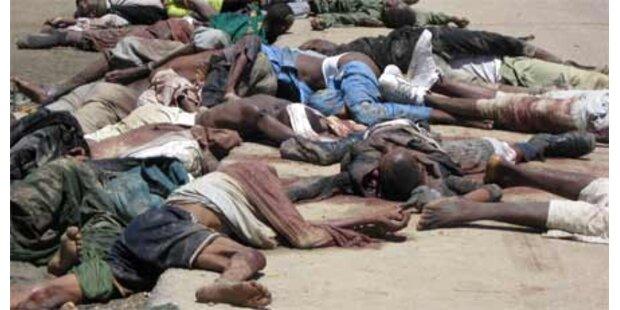 700 Tote bei Kämpfen gegen islam. Sekte