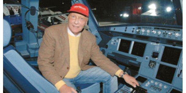 Niki Lauda nimmt Innsbruck-Strecke auf