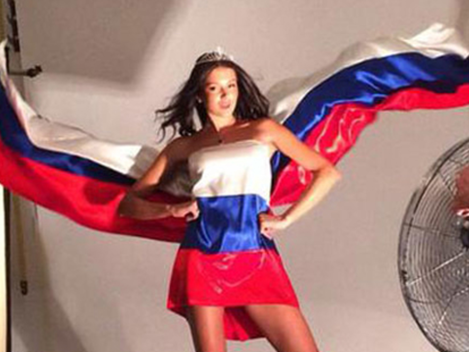 Nackt  Sofia Nikitchuk Oxana Fedorova