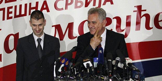 Serbien: Tadic und Nikolic in Stichwahl