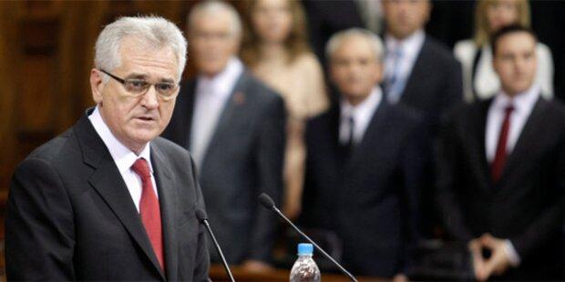 Serbien: Nikolic als neuer Präsident angelobt