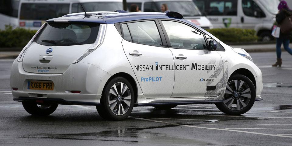 nissan-leaf-autonom-960-re.jpg