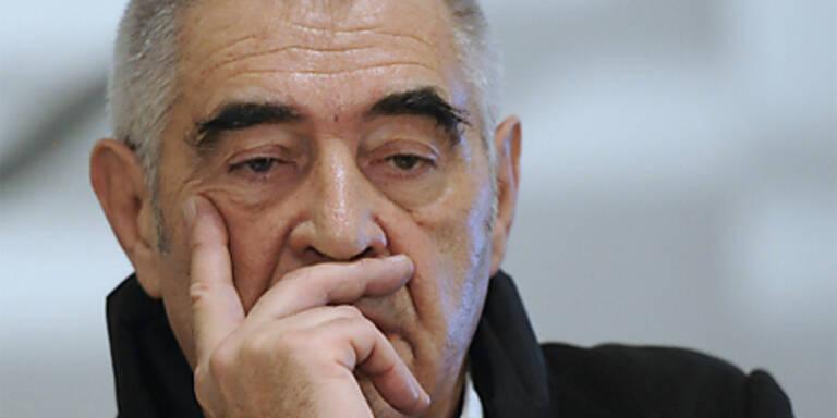 Ex-Direktor Noever will über 400.000 Euro