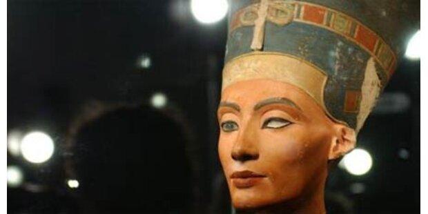 Ist Nofretete-Büste nur 100 Jahre alt?
