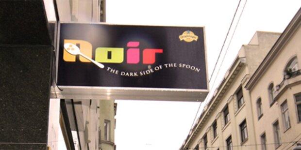 Schon mal im Dunkeln gegessen?