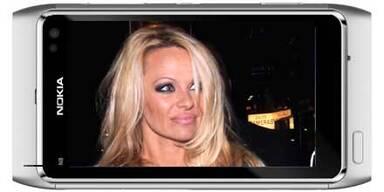 Nokia engagiert Pam Anderson für das N8
