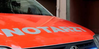 Von Straßenbahn erfasst: 32-Jähriger schwer verletzt