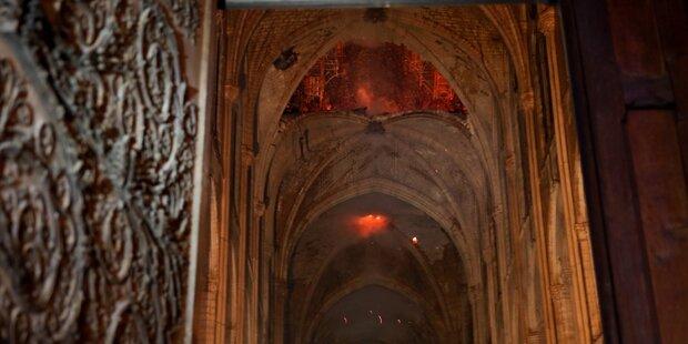 Der erste Blick ins Innere der Notre-Dame