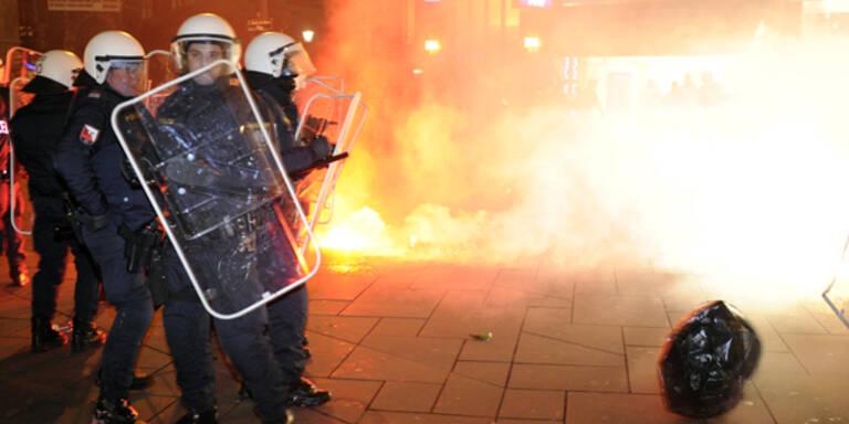 FPÖ-Ball: Polizei weist Kritik zurück