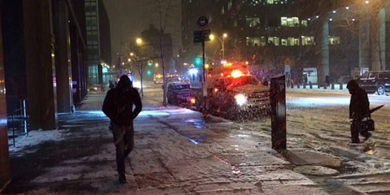 "Schneechaos: Blizzard ""Janus"" legt New York lahm"
