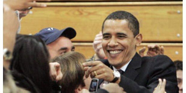 Obama führt noch weit vor Clinton